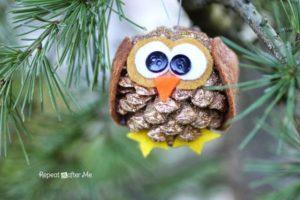 Pinecone Owl Christmas ornament