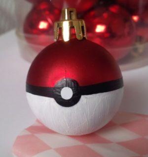 Christmas ornaments to make; handmade pokemon ball