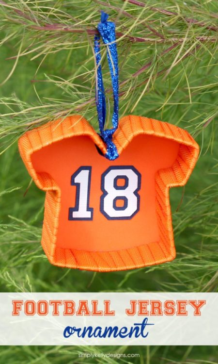 Want your Christmas gift to score?  Easy to make Christmas ornament for your SUPERSTAR!  READ MORE